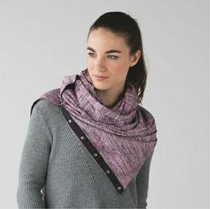 Like new Vinyasa scarf